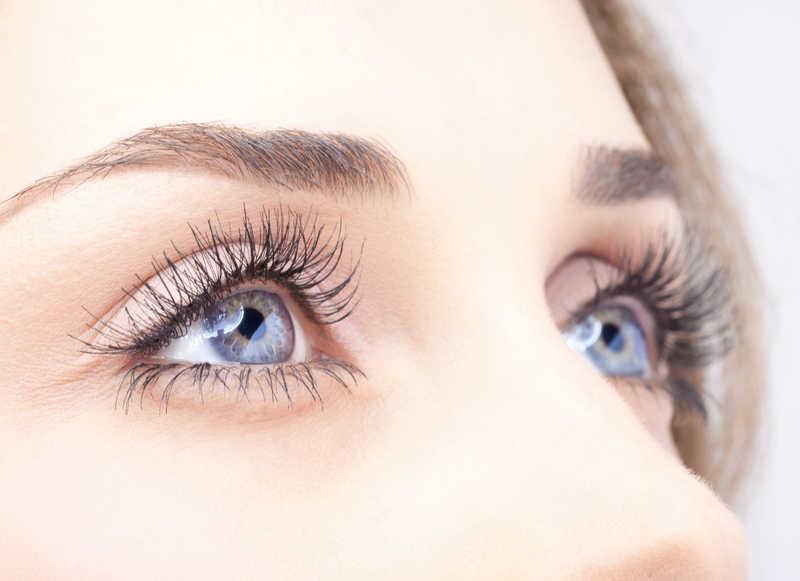 An Alternate choice for getting longer Eyelashes